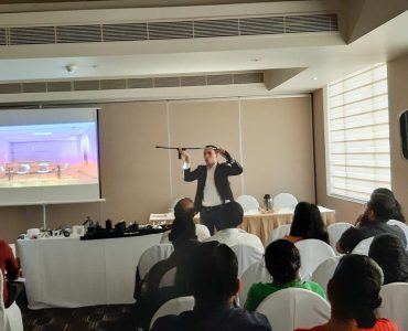 """""""The Lighting Workshop"""" conducted by the Linea Light Group"""